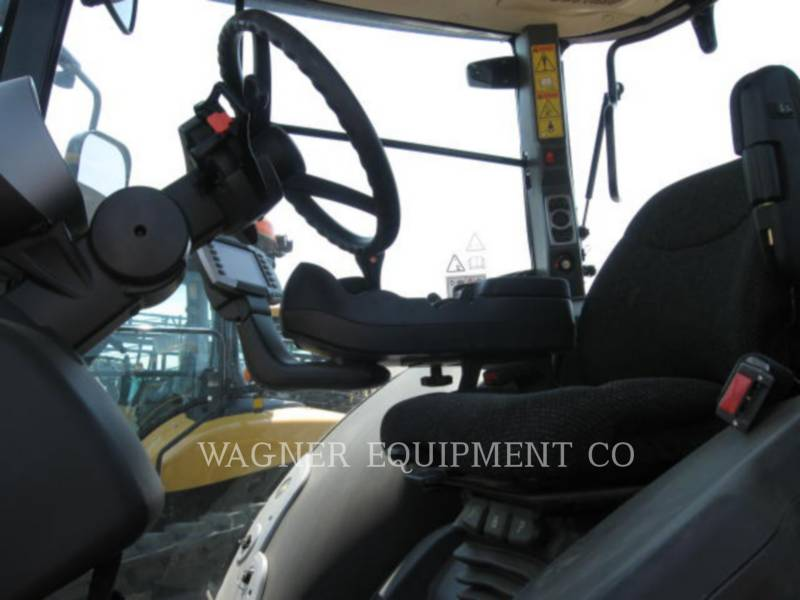 AGCO AG TRACTORS MT685D-4C equipment  photo 14