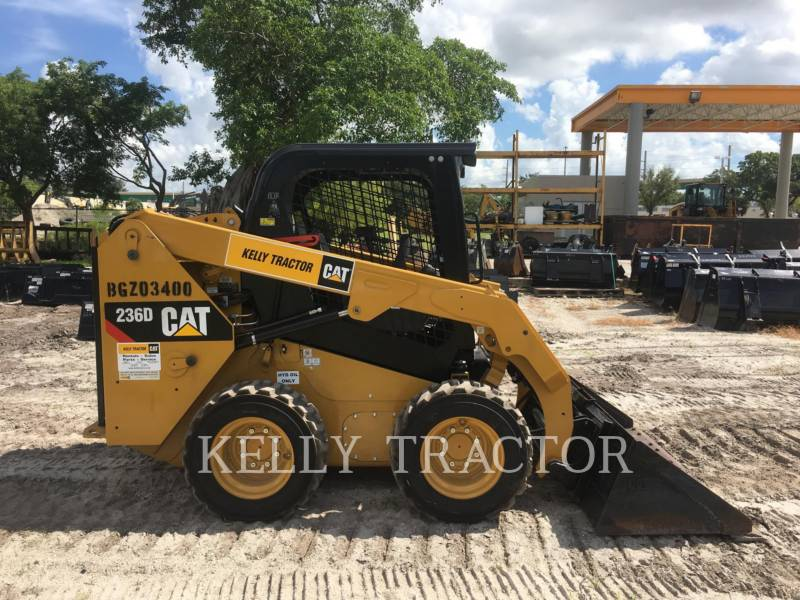 CATERPILLAR KOMPAKTLADER 236 D equipment  photo 6