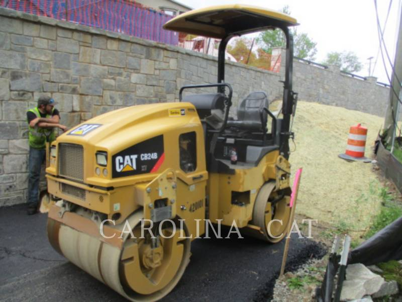 CATERPILLAR コンパクタ CB24B equipment  photo 2
