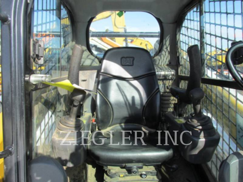 CATERPILLAR CHARGEURS COMPACTS RIGIDES 262DS equipment  photo 6
