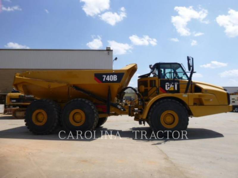 CATERPILLAR CAMINHÕES ARTICULADOS 740B equipment  photo 5