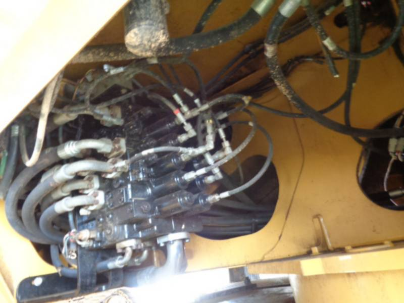 CATERPILLAR KNUCKLEBOOM LOADER 559C equipment  photo 19