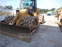 CATERPILLAR COMPACTORS 815F equipment  photo 2
