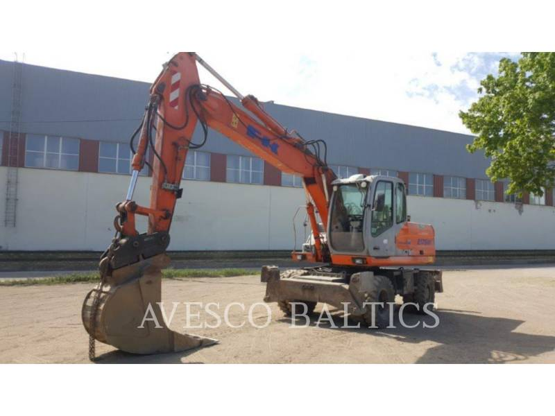 FIAT KOBELCO PELLES SUR PNEUS E175 WT equipment  photo 3
