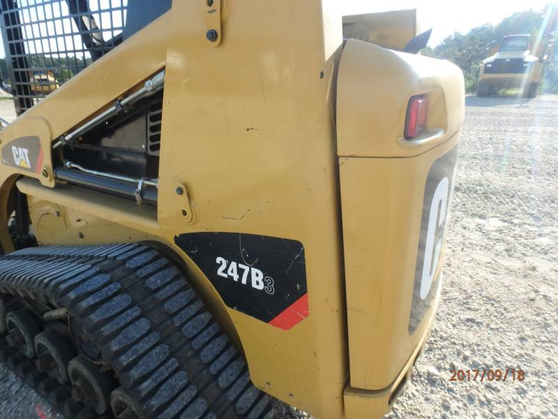 CATERPILLAR MULTI TERRAIN LOADERS 247B3 equipment  photo 24