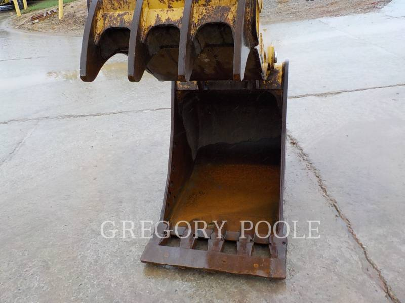 CATERPILLAR TRACK EXCAVATORS 329E L equipment  photo 18