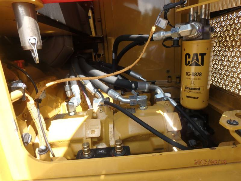 CATERPILLAR FORSTWIRTSCHAFT - BAUMFÄLLBÜNDELMASCHINE - RAD 553C equipment  photo 11