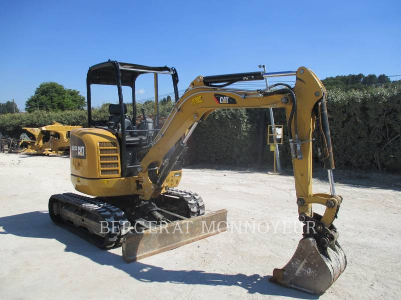 CATERPILLAR KETTEN-HYDRAULIKBAGGER 302.7D CR equipment  photo 2