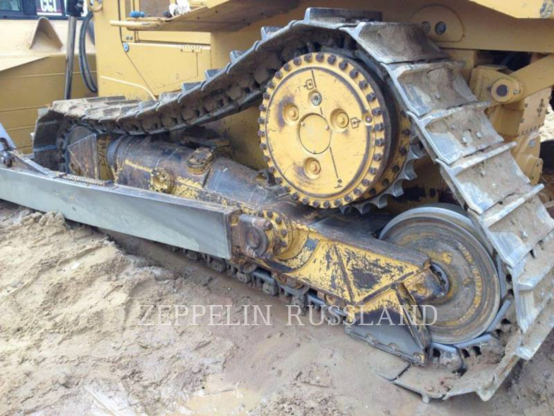 CATERPILLAR TRACK TYPE TRACTORS D 6 R equipment  photo 11