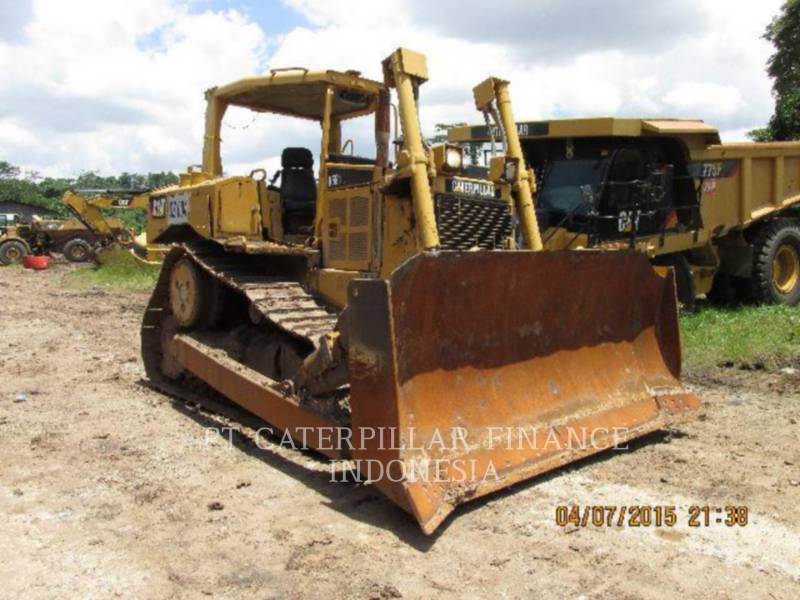 CATERPILLAR TRACTEURS SUR CHAINES D6RIII equipment  photo 8