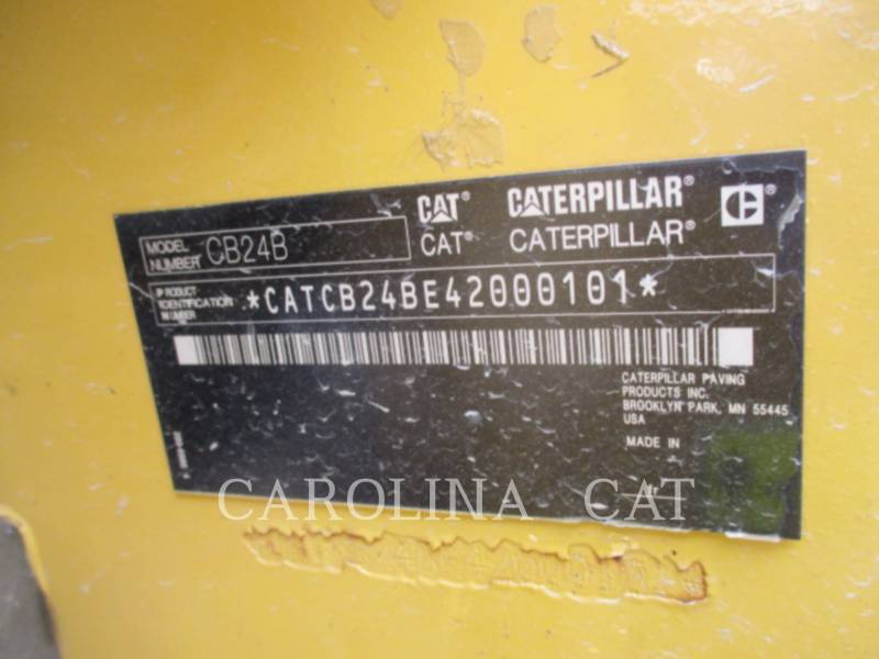 CATERPILLAR コンパクタ CB24B equipment  photo 9