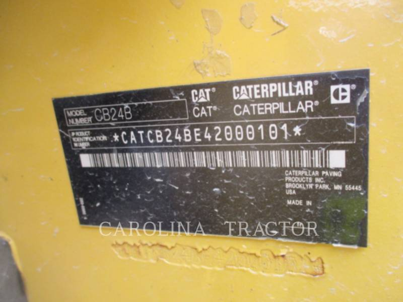 CATERPILLAR COMPACTADORES CB24B equipment  photo 9
