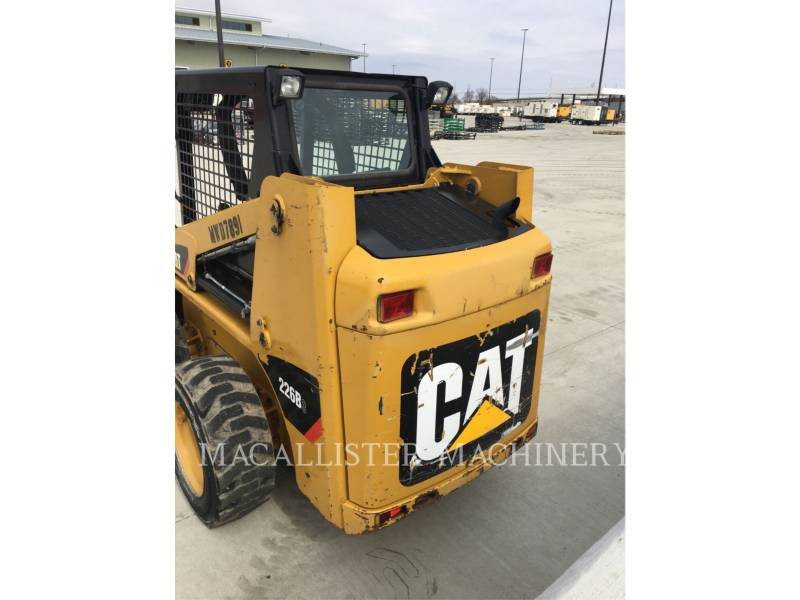 Caterpillar MINIÎNCĂRCĂTOARE RIGIDE MULTIFUNCŢIONALE 226B3 equipment  photo 3