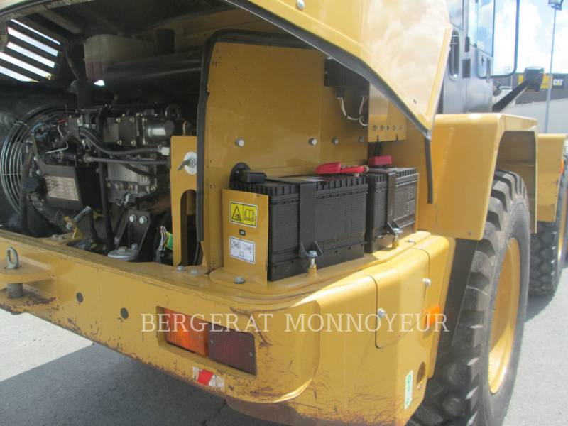 CATERPILLAR PALE GOMMATE/PALE GOMMATE MULTIUSO 914G equipment  photo 13