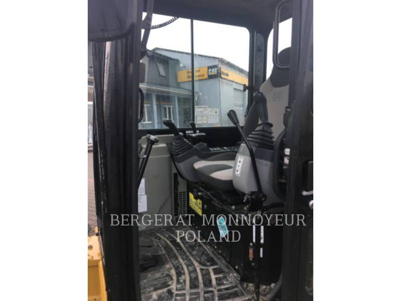 CATERPILLAR TRACK EXCAVATORS 305D CR equipment  photo 2