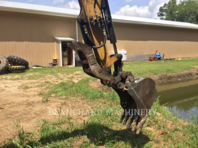 CATERPILLAR TRACK EXCAVATORS 304D CR equipment  photo 5