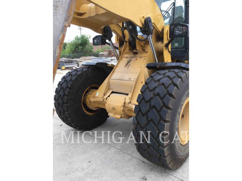CATERPILLAR PALE GOMMATE/PALE GOMMATE MULTIUSO 938K equipment  photo 18