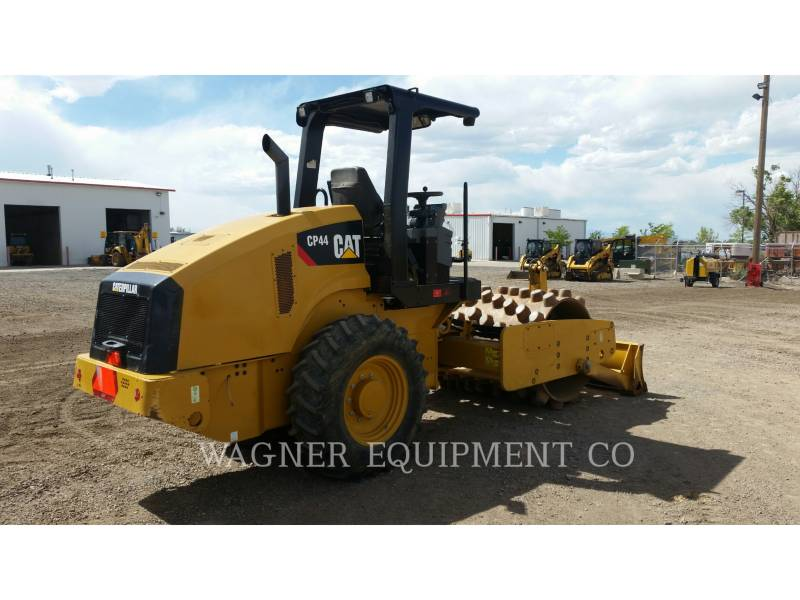 CATERPILLAR COMPACTADORES CP44 equipment  photo 3