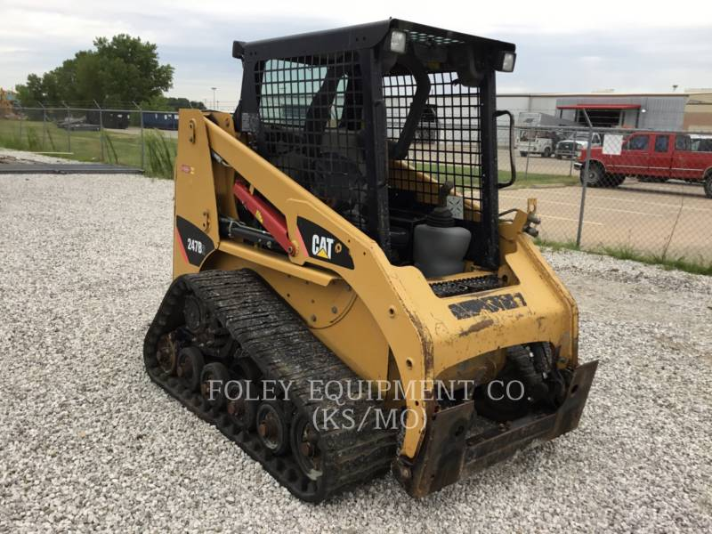 CATERPILLAR SKID STEER LOADERS 247B2STD1O equipment  photo 1