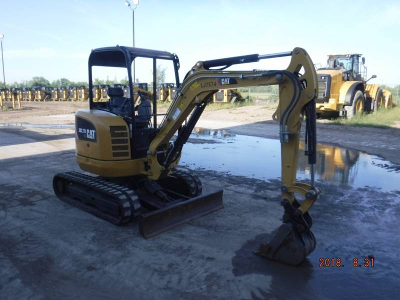 CATERPILLAR TRACK EXCAVATORS 302.7 D CR equipment  photo 2