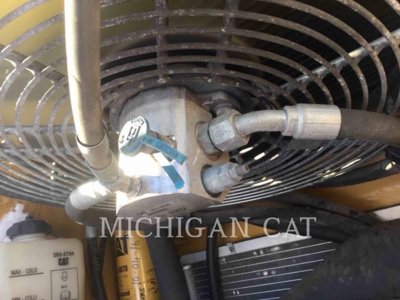 CATERPILLAR KOMPAKTLADER 236B2 equipment  photo 10
