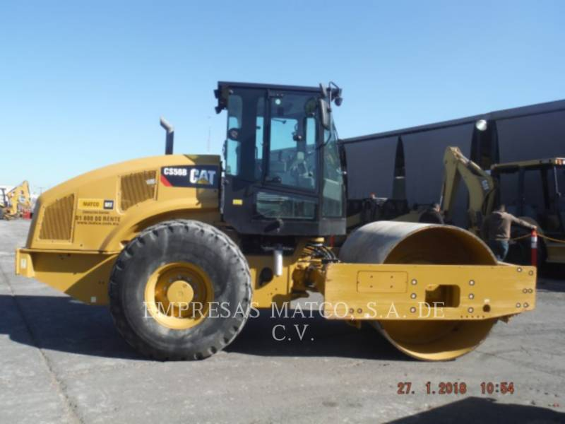CATERPILLAR COMPATTATORE A SINGOLO TAMBURO VIBRANTE LISCIO CS 56 B equipment  photo 1
