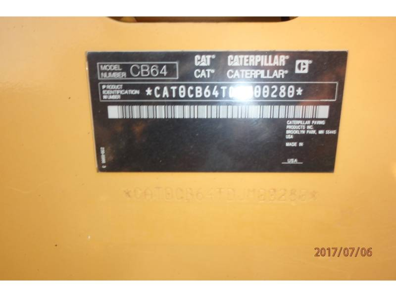 CATERPILLAR TAMBOR DOBLE VIBRATORIO ASFALTO CB64 equipment  photo 16