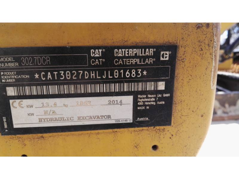 CATERPILLAR PELLES SUR CHAINES 302.7DCR equipment  photo 23