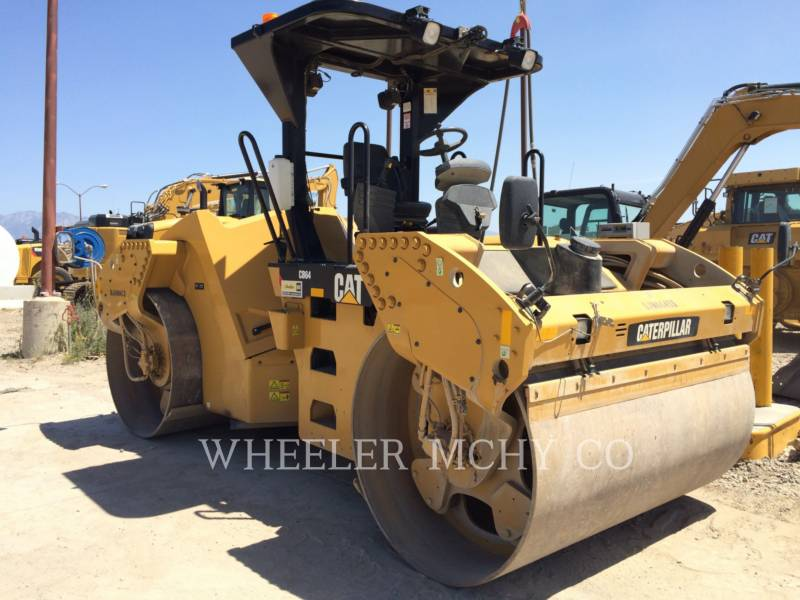 CATERPILLAR VIBRATORY DOUBLE DRUM ASPHALT CB64 GPS equipment  photo 2