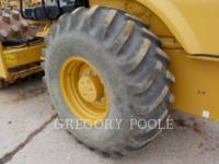 CATERPILLAR VIBRATORY SINGLE DRUM PAD CP54B equipment  photo 18