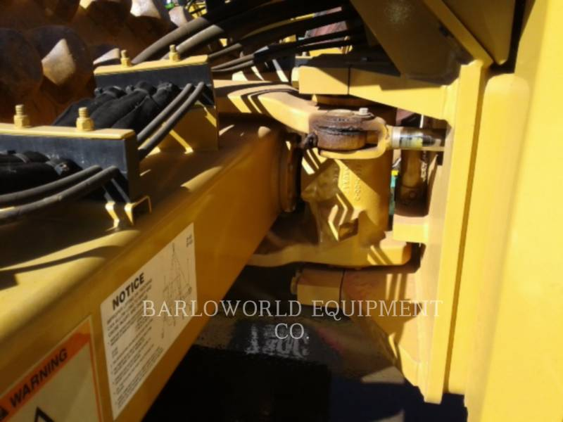 CATERPILLAR ACOLCHOADO DO TAMBOR ÚNICO VIBRATÓRIO CP-533E equipment  photo 6