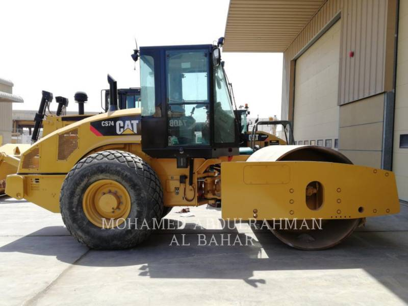 CATERPILLAR EINZELVIBRATIONSWALZE, GLATTBANDAGE CS 74 equipment  photo 5