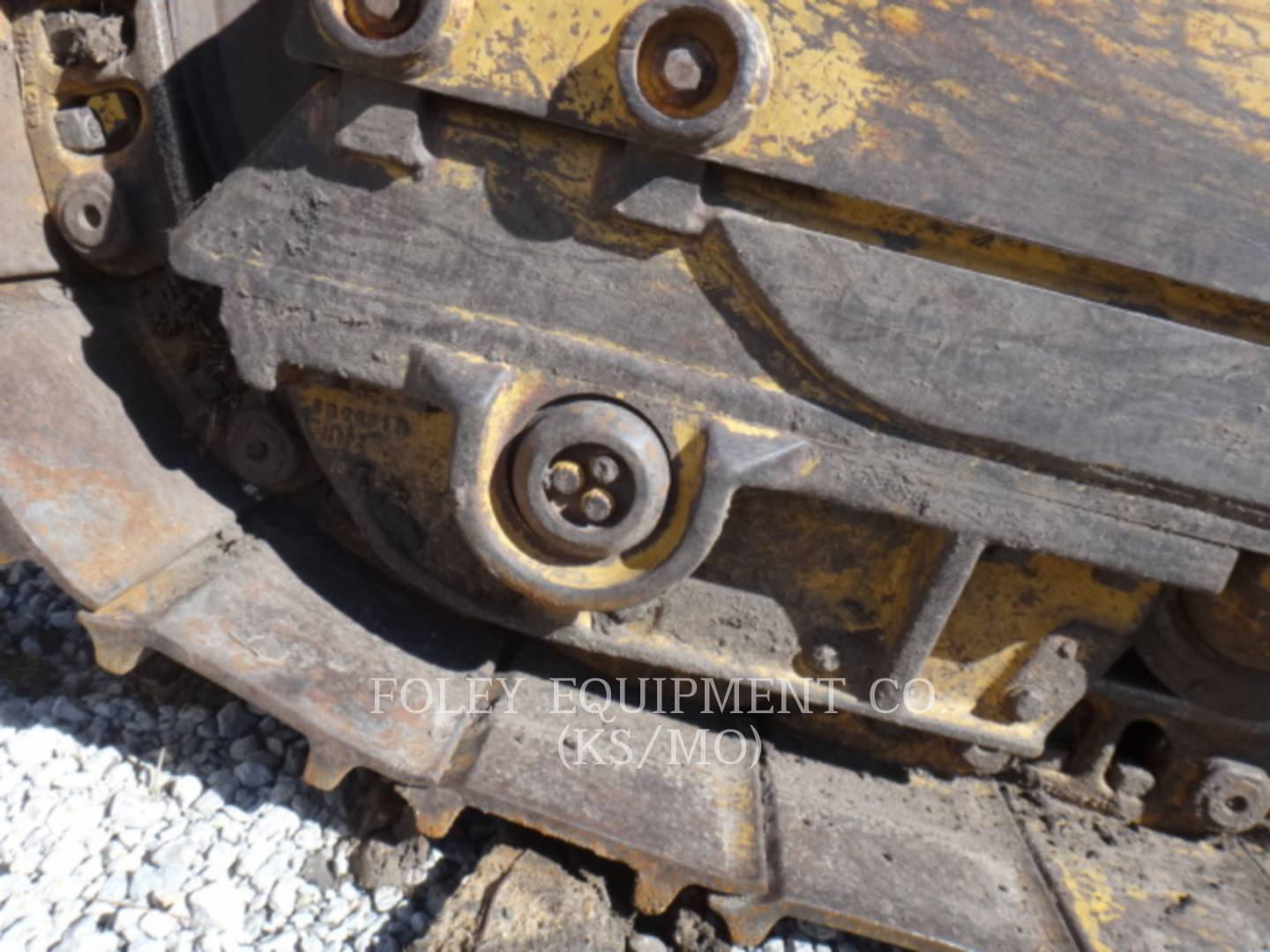 Detail photo of 2002 Caterpillar 953C from Construction Equipment Guide