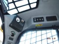 CATERPILLAR スキッド・ステア・ローダ 242D equipment  photo 13