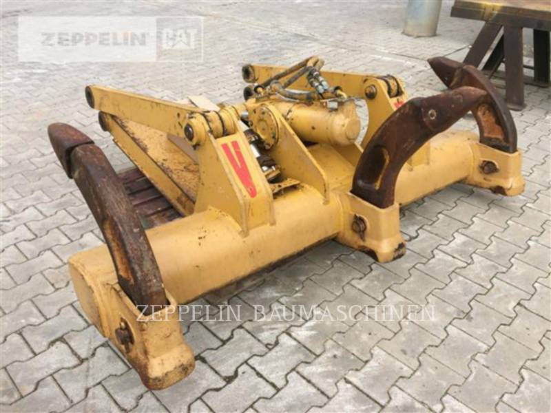 CATERPILLAR TRACTEURS SUR PNEUS - RIPPER DROIT 3-Zahn-Ripper f. D6N equipment  photo 1
