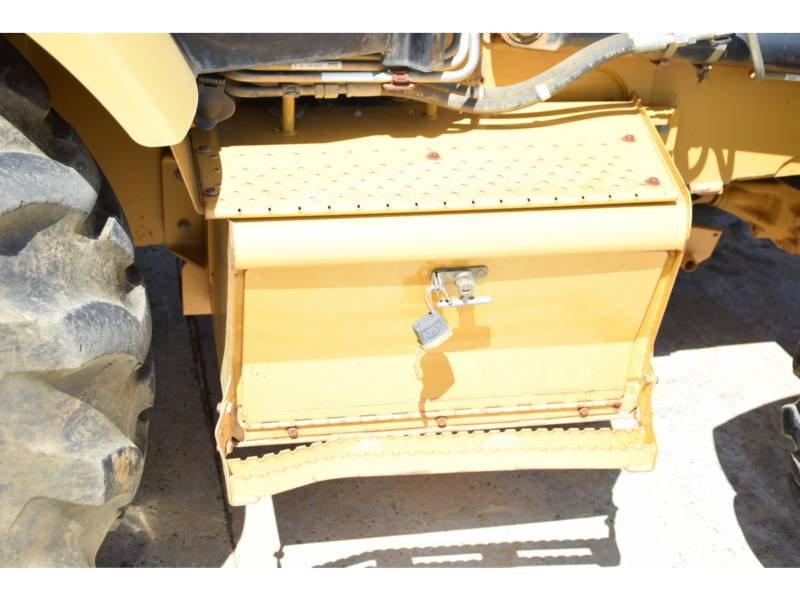 CATERPILLAR CHARGEUSES-PELLETEUSES 420EIT equipment  photo 9