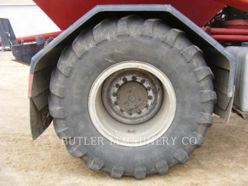 CASE/INTERNATIONAL HARVESTER PULVÉRISATEUR 3520 equipment  photo 10