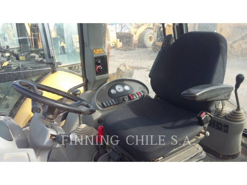 VOLVO BACKHOE LOADERS BL60 equipment  photo 5