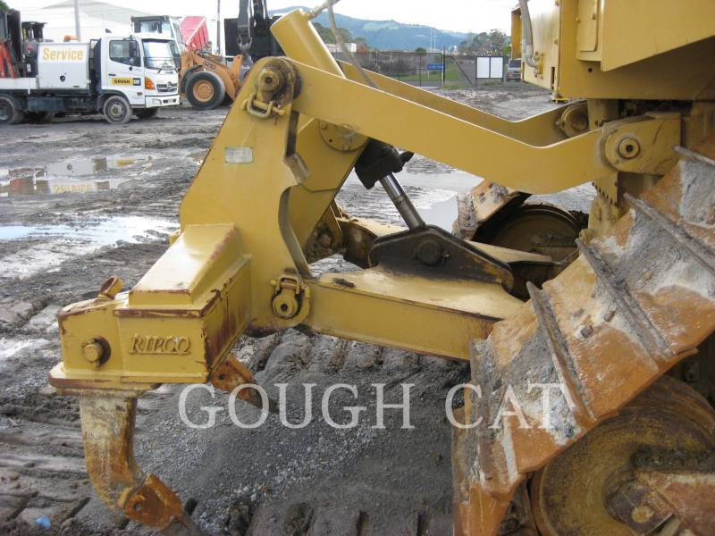 CATERPILLAR TRACK TYPE TRACTORS D6RLGP equipment  photo 13