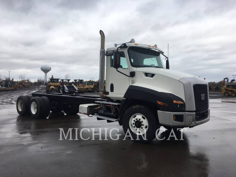 CATERPILLAR ON HIGHWAY TRUCKS CT660S equipment  photo 2
