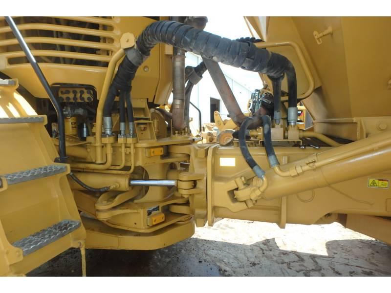 CATERPILLAR CAMIONES ARTICULADOS 740 equipment  photo 11