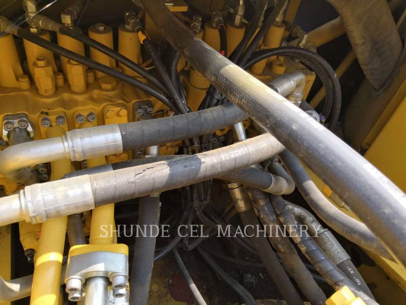 CATERPILLAR ESCAVATORI CINGOLATI 336D2 equipment  photo 10