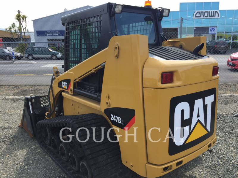 CATERPILLAR MULTITERREINLADERS 247B2 equipment  photo 4