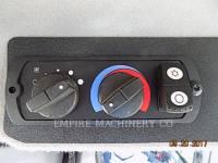 CATERPILLAR TRACK TYPE TRACTORS D6T equipment  photo 17