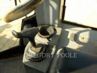 CATERPILLAR TRACTEURS SUR CHAINES D5G XL equipment  photo 23