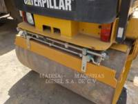 CATERPILLAR VIBRATORY DOUBLE DRUM ASPHALT CB24 equipment  photo 11