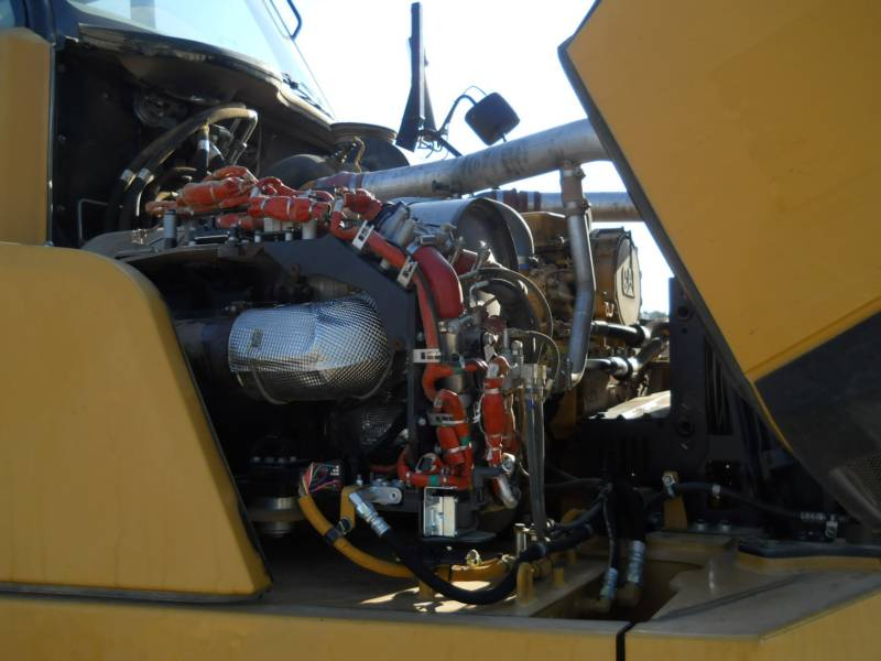 CATERPILLAR ARTICULATED TRUCKS 740B equipment  photo 20