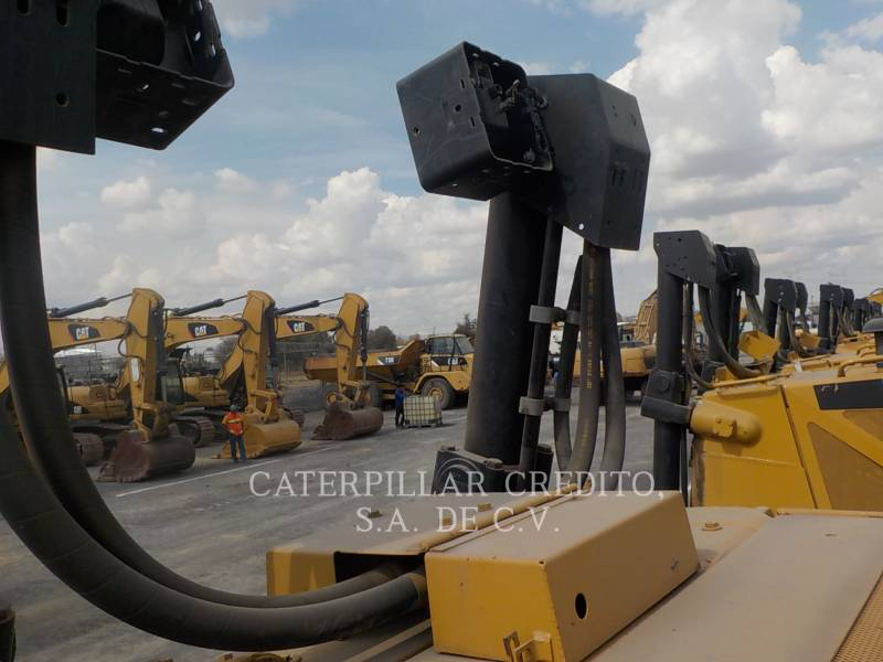 CATERPILLAR TRACTORES DE CADENAS D8T equipment  photo 21