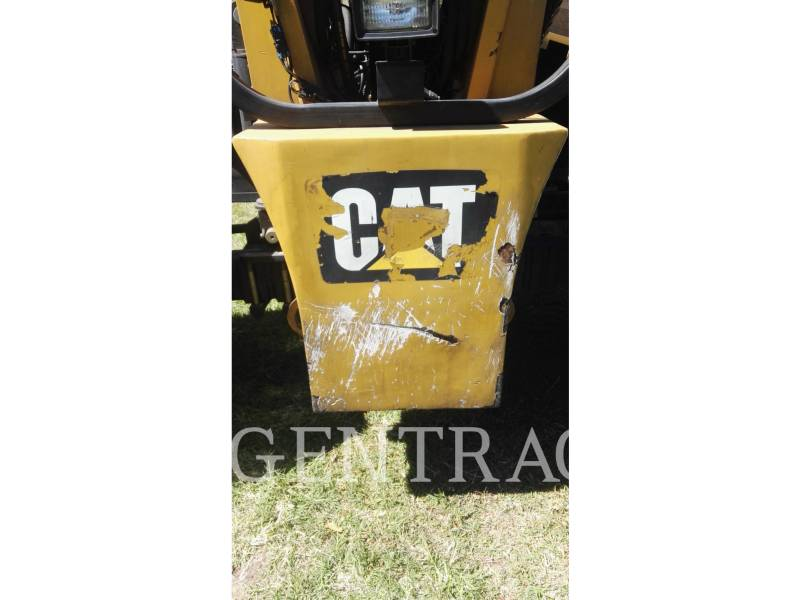 CATERPILLAR TELEHANDLER TL1055C equipment  photo 13