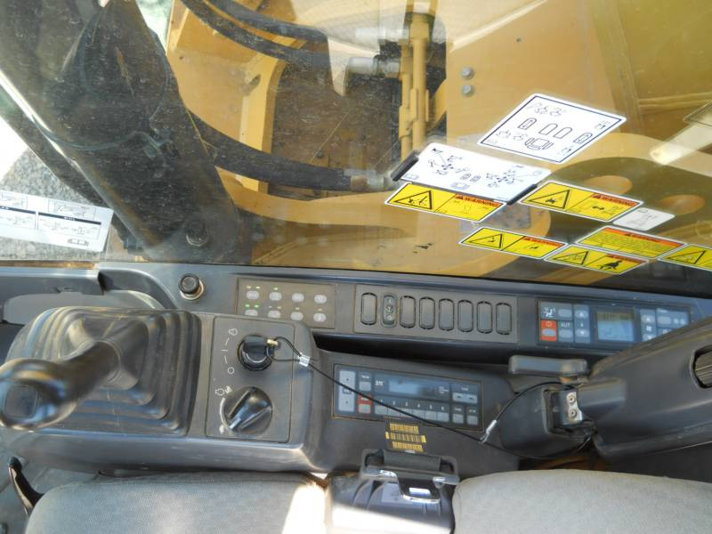 CATERPILLAR KETTEN-HYDRAULIKBAGGER 328DLCR equipment  photo 19